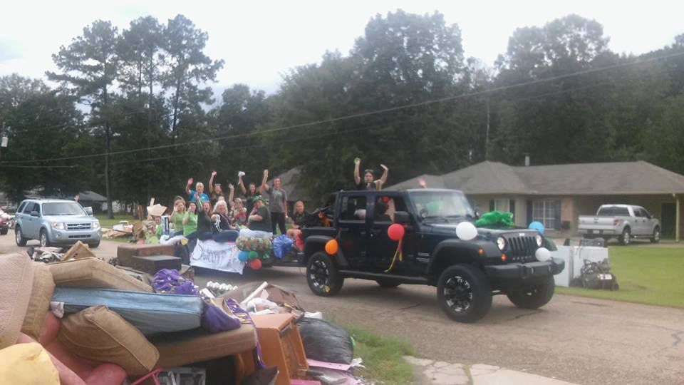 2016-09 Gray's Creek Elem Post-Flood Parade